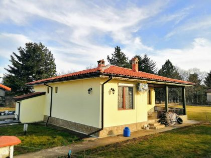 Newly built 2 bed 2 bath detached property for sale with own 1000m garden- 20 min to the coastal town of Kavarna