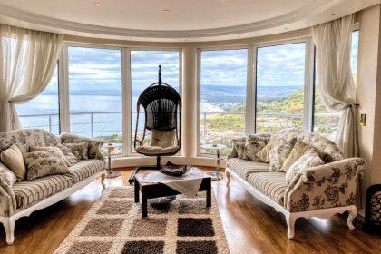Picture perfect sea views: Amazing villa with pool near Albena beach resort