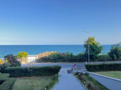 Sea view 1-bed apartment by Kabakum Beach (between Golden Sands and Varna City)