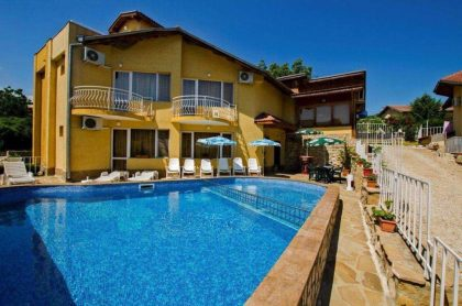 Gated 3 bed villa in Kranevo, near Varna & Golden Sands