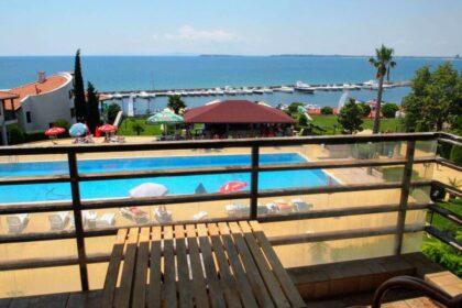 "Sea-view 1-bed apartment in ""Diamond"", St. Vlas"