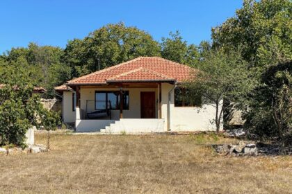 Lovely 2-bed stone house with private 1140 sq.m. garden near Provadia, Varna