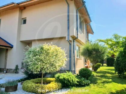 Two-storey house, just outside Dobrich city, 25min to beaches