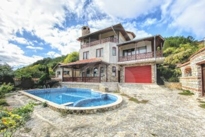 Beautiful  3+ bed house with sea-view – 5min from the beach