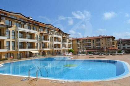 2-bed apartment near the beach in St. Vlas – Aqua Dreams