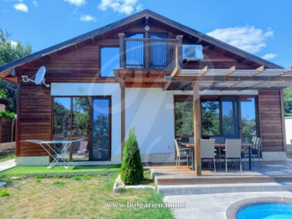 3-bed property with partial sea-view in Balchik